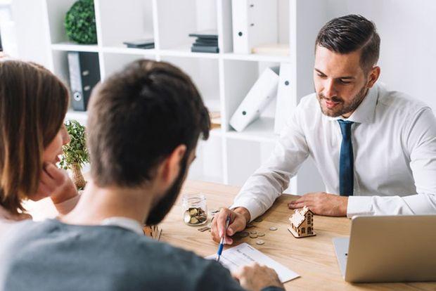 vérifie la banque pour un crédit immobilier